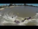 Гонки на лодках по узким рекам