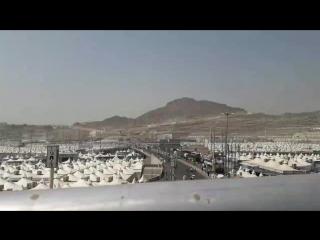 Палаточный городок в Мине по пути в Джамарат