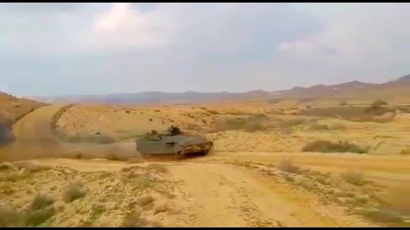 Израиль Министерство обороны Namer Тяжелая боевая машина пехоты с трофеем АФС 360p
