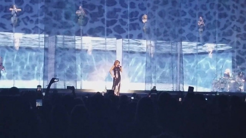Shania Twain - Don't Be Stupid (You Know I Love You) (Tacoma, USA - May 3, 2018)