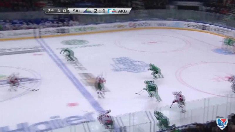 Моменты из матчей КХЛ сезона 14/15 • Гол. 3:1. Слепышев Антон (Салават Юлаев) увеличивает преимущество в счете 12.01