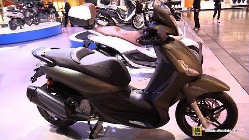 2018 Piaggio Beverly Sport Touring 300 - Walkaround - 2017 EICMA Motorcycle Exhibition