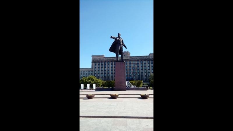Московский проспект ( Ленин с игр . фонтанами ... )