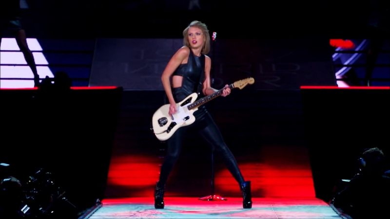 Taylor Swift - We Are Never Ever Getting Back Together (Live at The 1989 World Tour 2015)