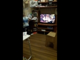 Эльнурчик танцует, а Маша Распутина поёт песню про Кабриолет))😊