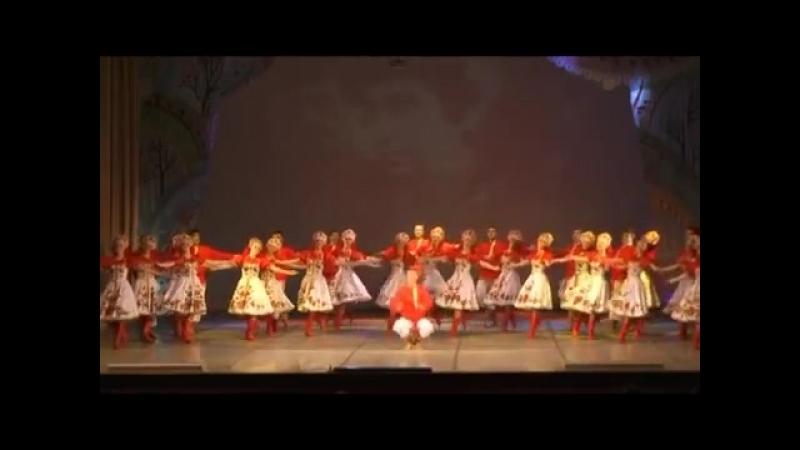 Народный ансамбль танца Северные зори Sewernye Zori