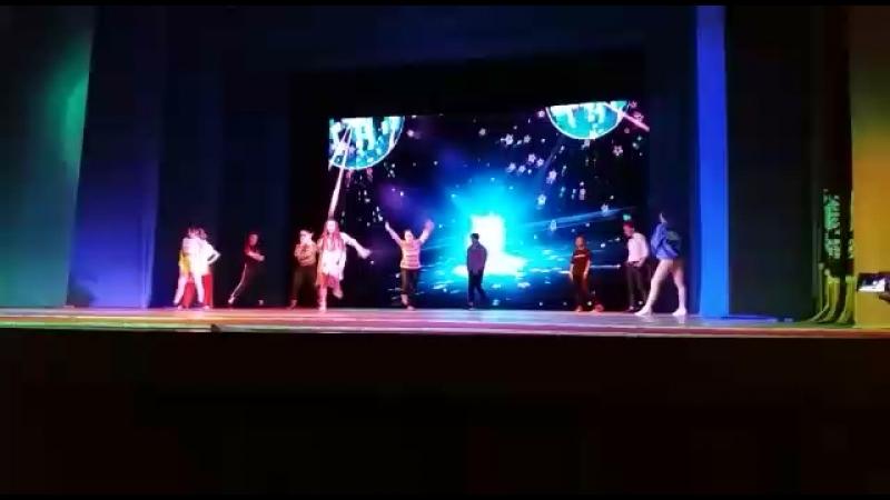 ✨Dom danceStar a way✨