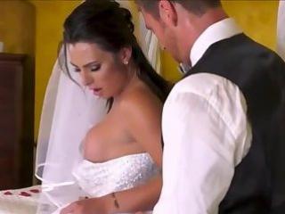 Невеста транс (имя транса Chanel Santini)