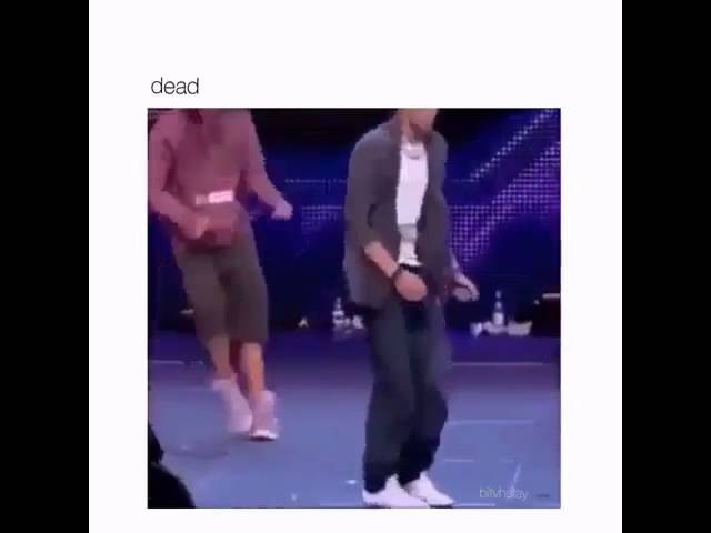 ZAYN DANCING SHOUT OUT TO MY EX 😂