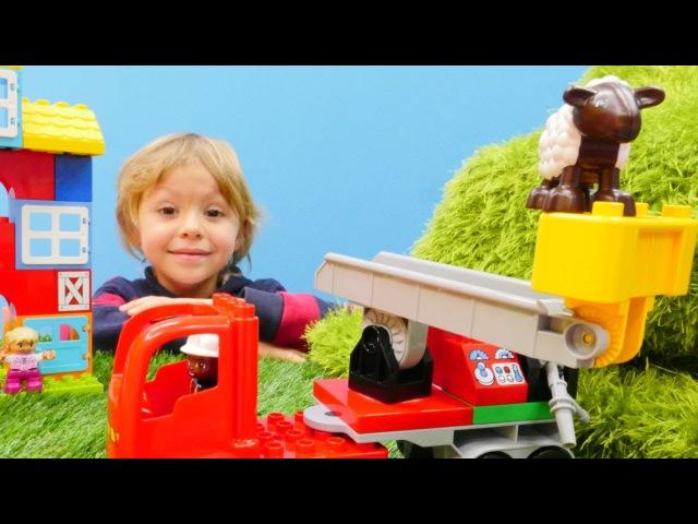 Lego oyunları. Daniel itfaiye arabası yapıyor ve kuzuyu kurtarıyor