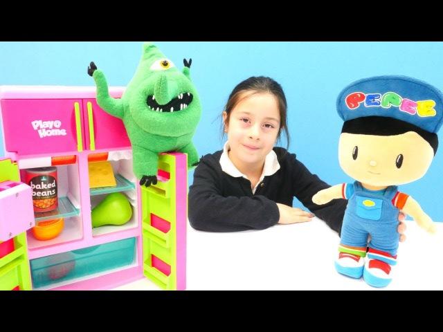 Pepee'ye mikrop yapıştı Kız oyuncakları ile evcilik oyunu