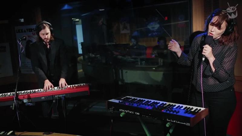 Sarah Blasko covers David Bowie Life On Mars for triple js Like A Version cut