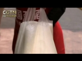 В Циндао пиво разливают прямо в мешки