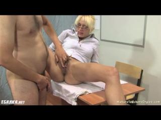 [ebalka.cc]_razbudiv-studenta-uchilka-vzbodrila-ego-seksom
