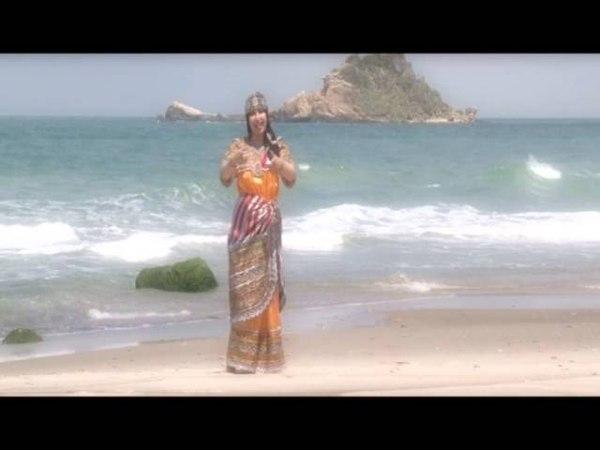 Nesrine chanteuse kabyle clip Avahri Idourar