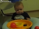 Ребёнок в шоке от происходящего