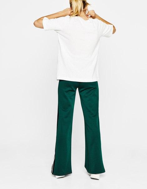 Широкие брюки с кнопками