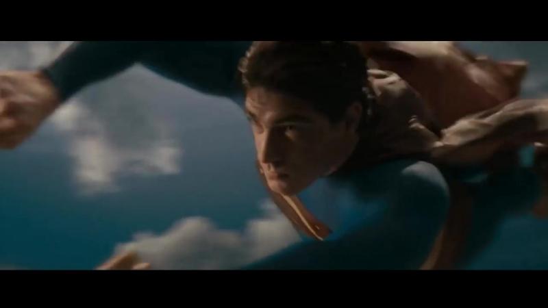 Супермен Спасает Самолет. Возвращение Супермена