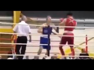 Нокаут в любительском боксе. Адам Моррисон