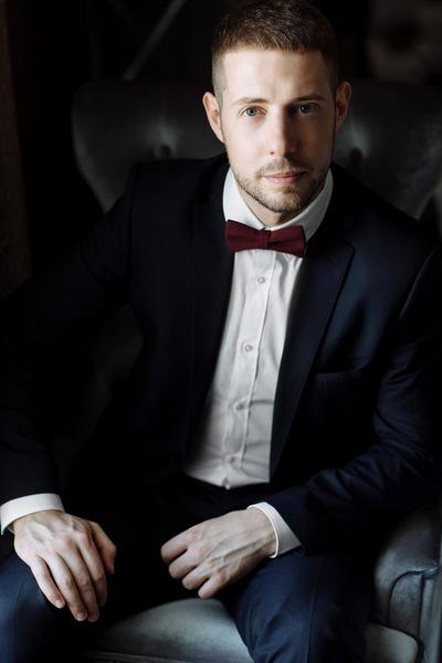 Александр Слетатьру