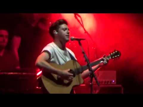 PAPER HOUSES - Niall Horan live in Paris - 18042018