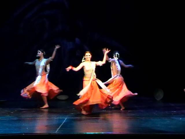 Show Group Amrapali Tver Ciry Russia Performing Adada