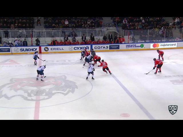 Моменты из матчей КХЛ сезона 16/17 • Удаление. Безина Горан (Медвешчак) удален на 2 минуты за задержку руками 26.01