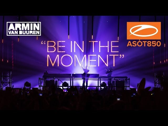 Armin van Buuren's warm-up set live at A State Of Trance 850, Jaarbeurs Utrecht. [ASOT850] [HD]