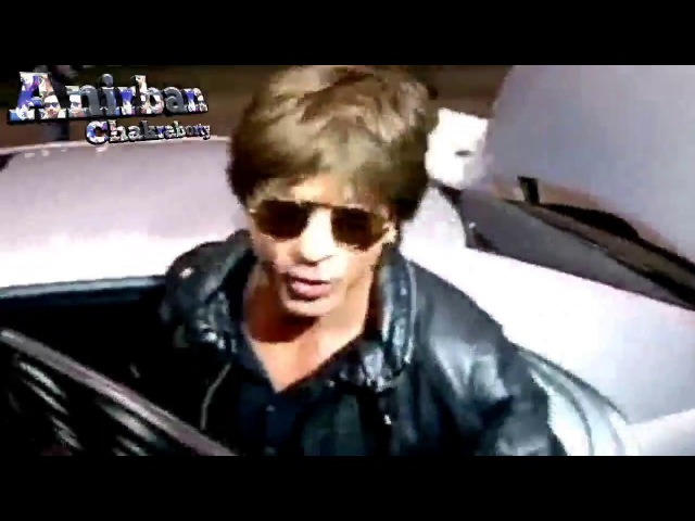 Shahrukh khan at Kolkata Airport