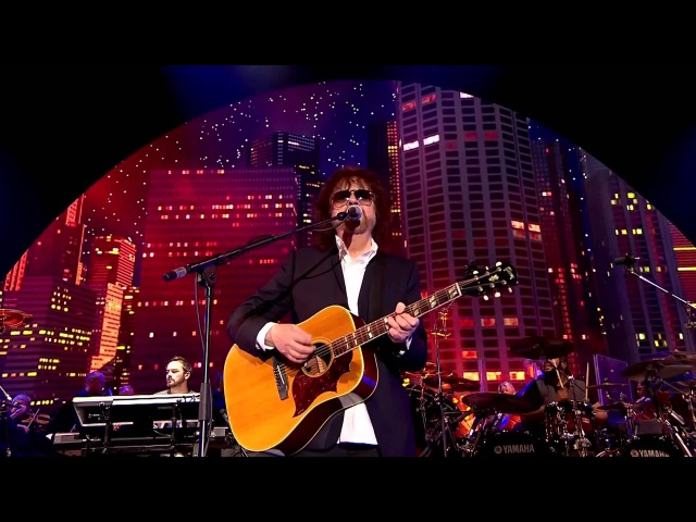 JEFF LYNNE'S ELECTRIC LIGHT ORCHESTRA- Live at Hyde Park 2014 011 Steppin' Out