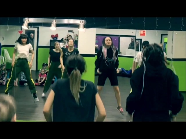 AFRO with IRRI AFROSEPT • Azonto   FREAK DANCE CENTRE