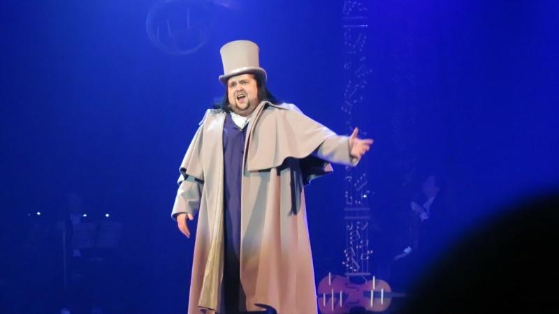 Великолепный российский тенор Олег Полпудин в спектакле Онегин-блюз