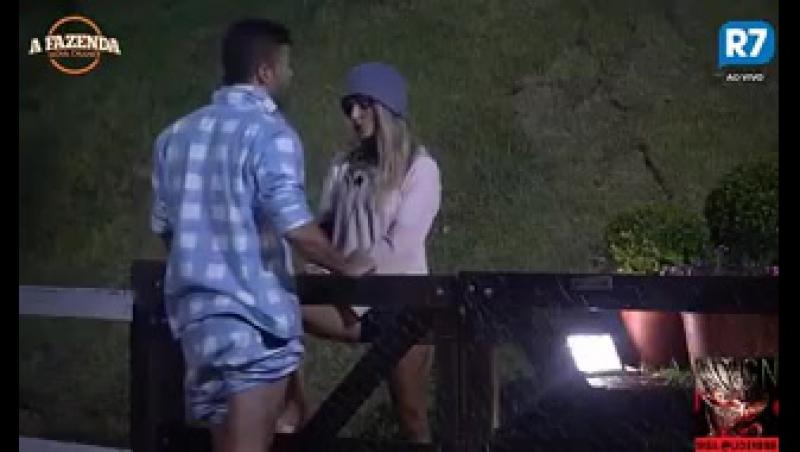 Flávia cobra que Marcelo se posicione para defendê-la