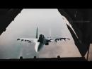 Истребитель заглянул в летящий грузовой самолет [blvckmania]