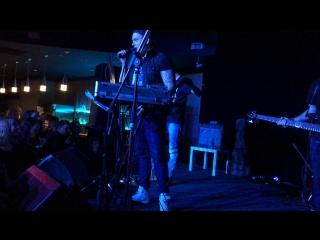 AVACHA BAY - Somewhere I Belong, Faint, One Step Closer — Live