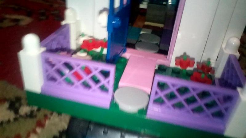 Мой второй дом сделан мною с Лего.