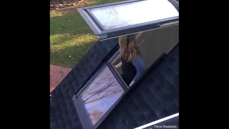 Окно трансформируется в балкон. Хорошее решение для панельных домов.
