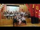Букет из белых роз для любимого классного руководителя. Исполняют выпускники гимназии №20 города Люберцы, 24-05-2018