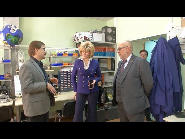 Замглавы Минобрнауки посетила школьный технопарк и политехнический колледж в Астрахани