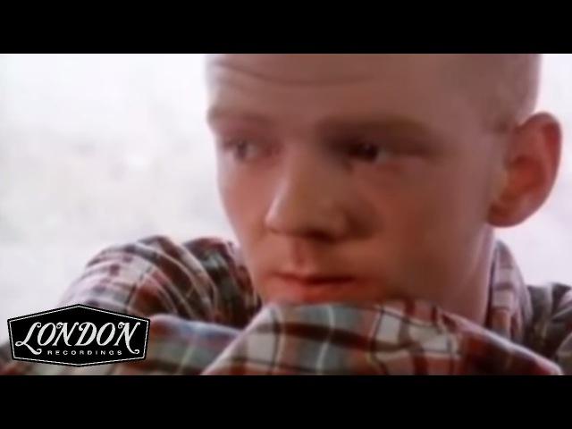 Bronski Beat - Smalltown Boy (Official Video)