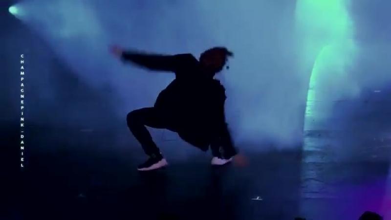 180630 solo dance kang daniel ver. - - 녤시에 올리는 다니엘의 독무 소듕해️ - - 다니엘을 사랑해️ - 춤을 사랑해️ - 다ᄂ