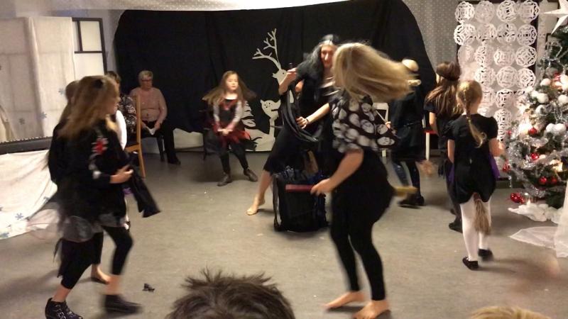 Танец маленьких ведьм