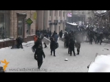 беркут долбит укропов евро майдан 2014 год Слава беркуту