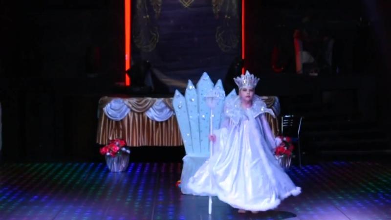 Снежная королева Show Belly dance Соло ЮВЕНАЛЫ 2