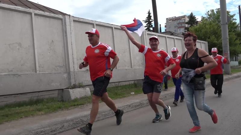 Любители бега и закаливания поддержали чемпионат мира по футболу пробегом «Омск-Самара»