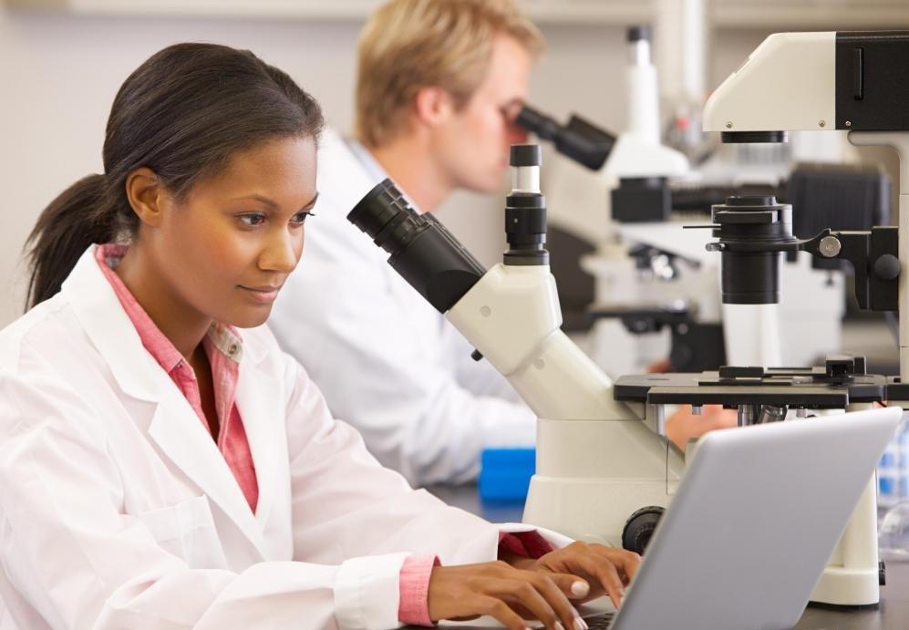 Студентам, заинтересованным в физиологии бактерий, необходимо будет пройти курс биологии и провести специальную подготовку по бактериям.