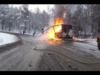 Фура загорелась на трассе в Шелеховском районе