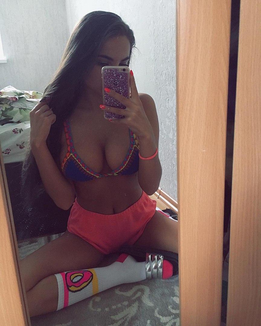 Brunette hot tit fuck pussy ass
