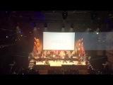 Slackline show with Daniel Levi band