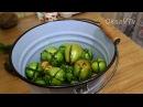 Острые зеленые помидоры фаршированные зеленью и чесноком Spicy green tomatoes